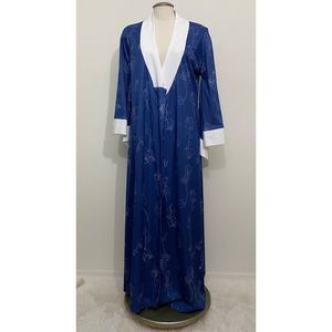 Vintage Blue Housecoat with Rose Pattern